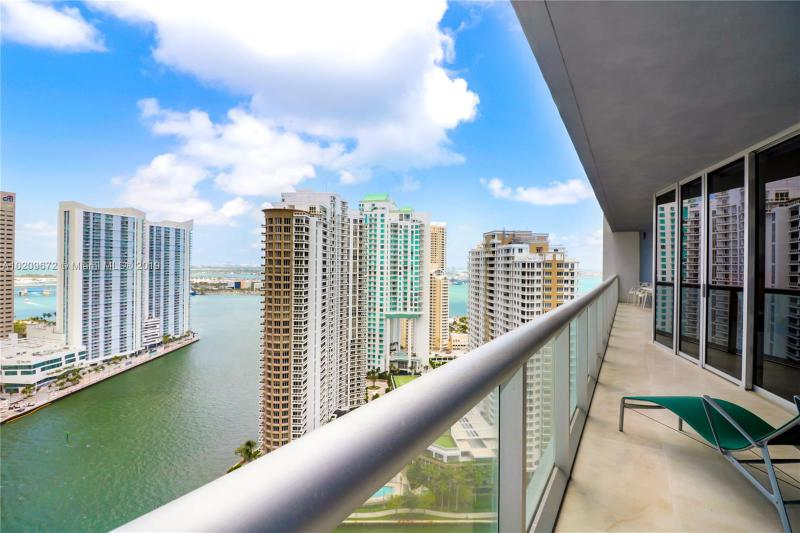 495 BRICKELL AV 2904, Miami, FL 33131