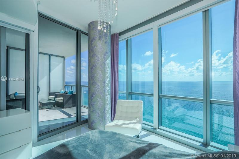 17121 Collins Ave  Unit 807, Sunny Isles Beach, FL 33160