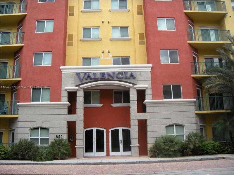 6001 SW 70th St  Unit 410, South Miami, FL 33143-3427