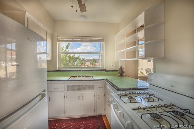 770 NE 91st St , Miami Shores, FL 33138-3251