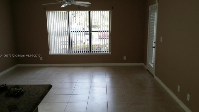4069 NW 87th Ave  Unit 4069, Sunrise, FL 33351-6586