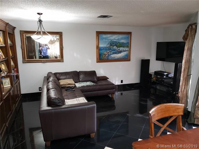 1614  Cypress Pointe Dr  Unit 1614 Coral Springs, FL 33071-4291 MLS#A10640672 Image 34