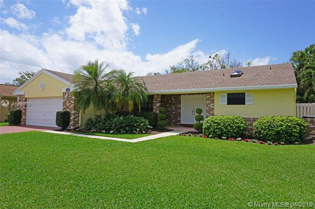 14501 Hickory Ct, Davie FL 33325-6345