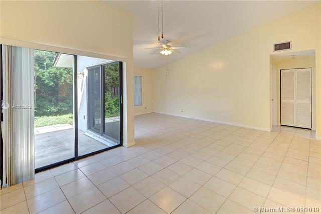 5605 SW 98th Way, Cooper City, FL, 33328