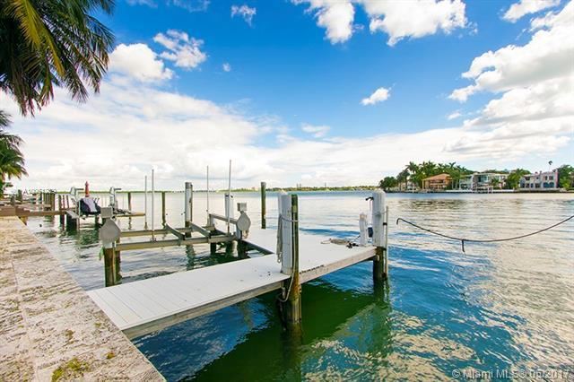 Miami Beach Single Family A10061239