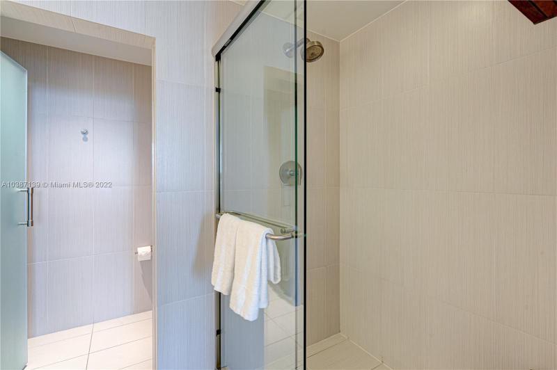 3101 Bayshore Dr 706, Fort Lauderdale, FL, 33304