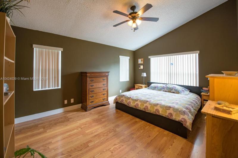 2795 Oak Grove Rd