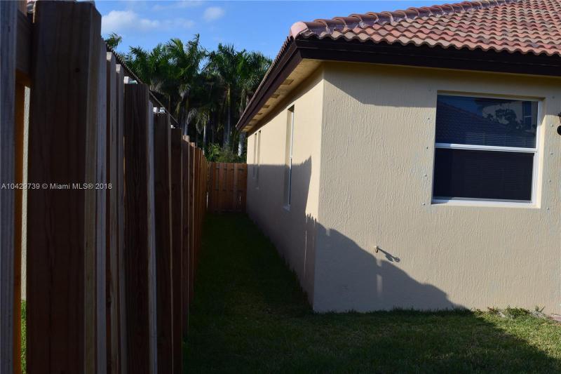 Imagen 22 de Single Family Florida>Homestead>Miami-Dade   - Sale:335.000 US Dollar - codigo: A10429739