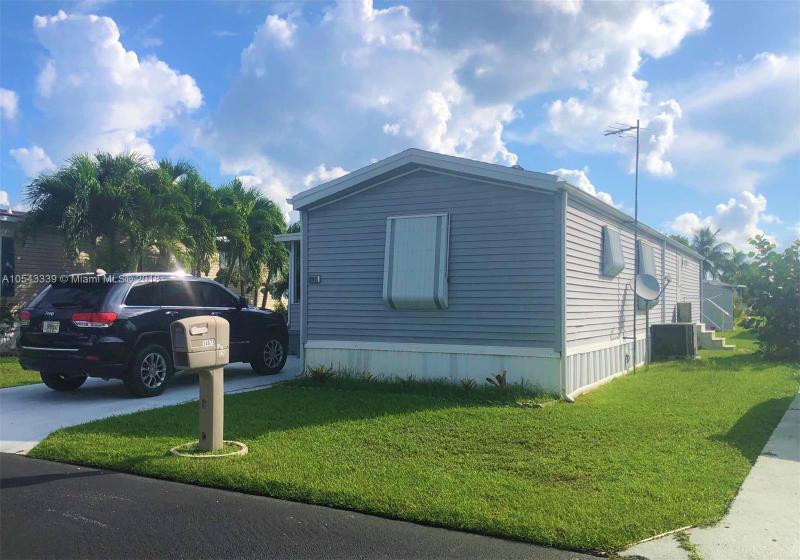 12701 SW 16TH ST , Miami, FL 33184-