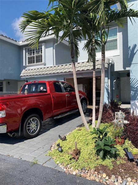 824 Jeffery Street, Boca Raton FL 33487-