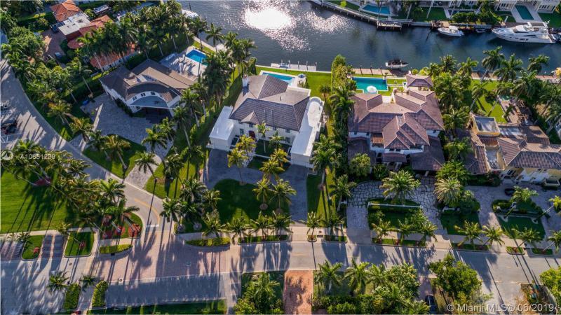 126 Golden Beach Dr, Golden Beach, FL, 33160