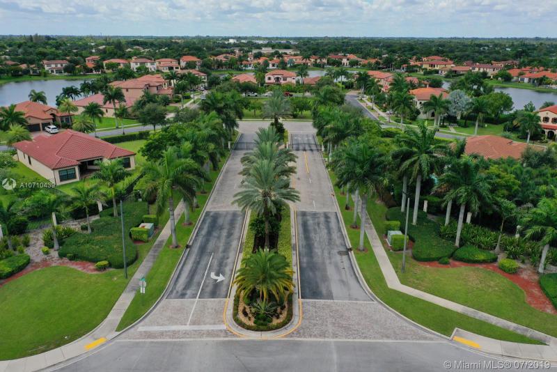 8743 Estada Cir, Cooper City, FL, 33024
