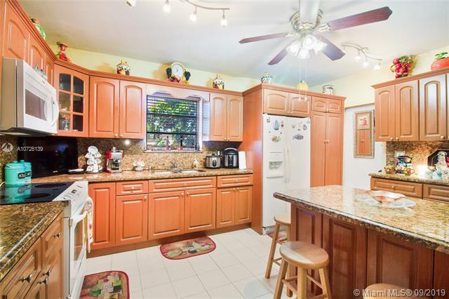 784 W 53rd Ter, Hialeah, FL, 33012