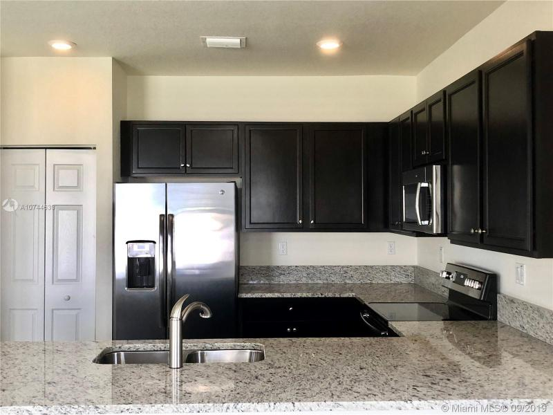 3575 NW 106th Ter, Hialeah, FL, 33018