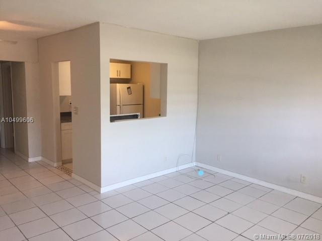 100 NW 204th St  Unit 15, Miami Gardens, FL 33169-2671