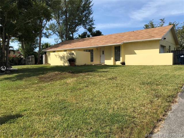 9220 SW 174th St , Palmetto Bay, FL 33157-5715