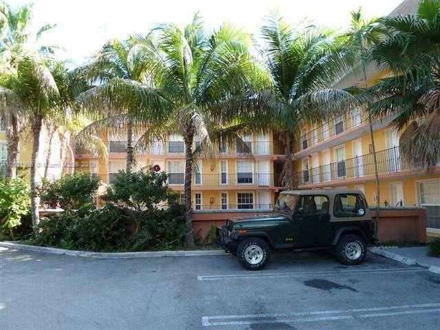 2630 SW 28  Unit 25, Coconut Grove, FL 33133-3804