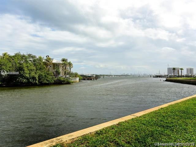 370  Golfview  Unit 104, North Palm Beach, FL 33408-