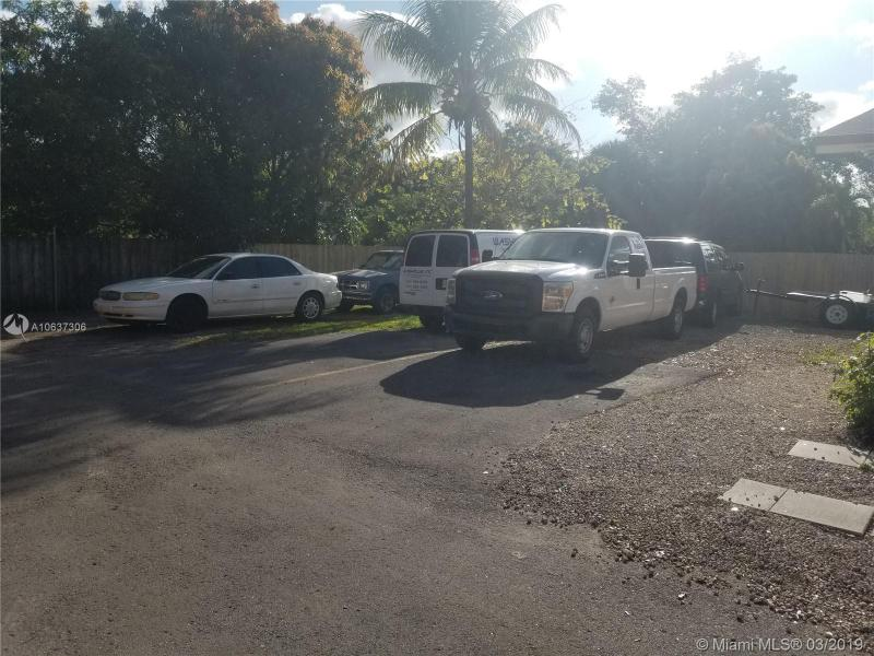 1912 NW 28th St, Oakland Park, FL, 33311