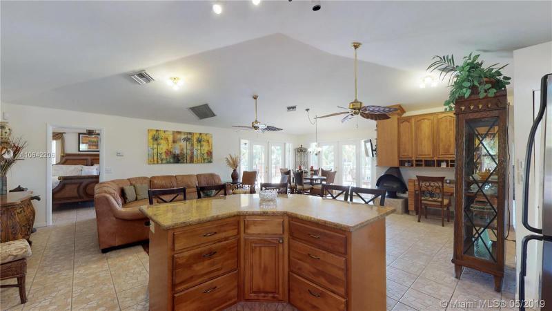 926 W 75th Street Ocean W, MARATHON, FL, 33050