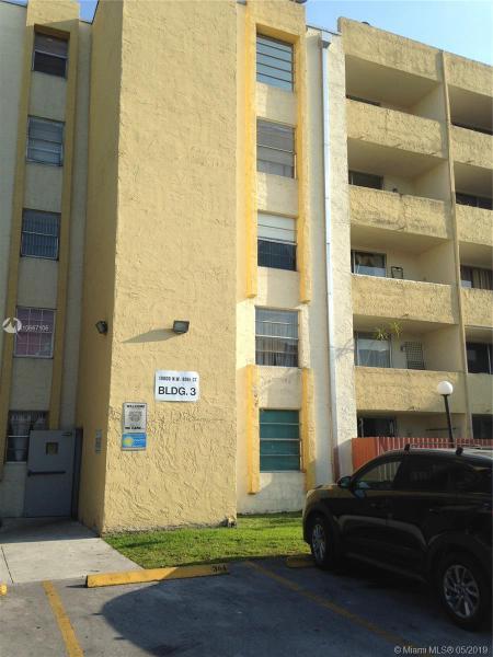 120  Royal Palm Rd  Unit 102, Hialeah Gardens, FL 33016-4609