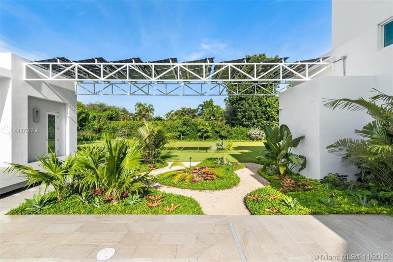 11600 SW 60th Ave, Pinecrest, FL, 33156