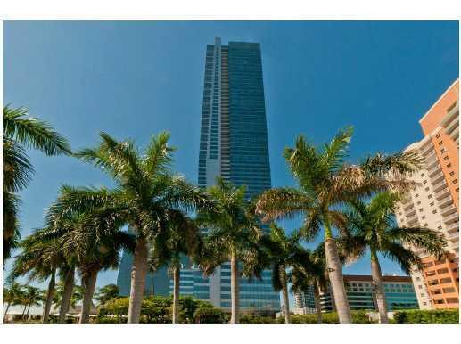 FOUR SEASONS RESIDENCES - Miami - A2125106