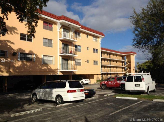360 125th St  Unit 205, North Miami, FL 33161