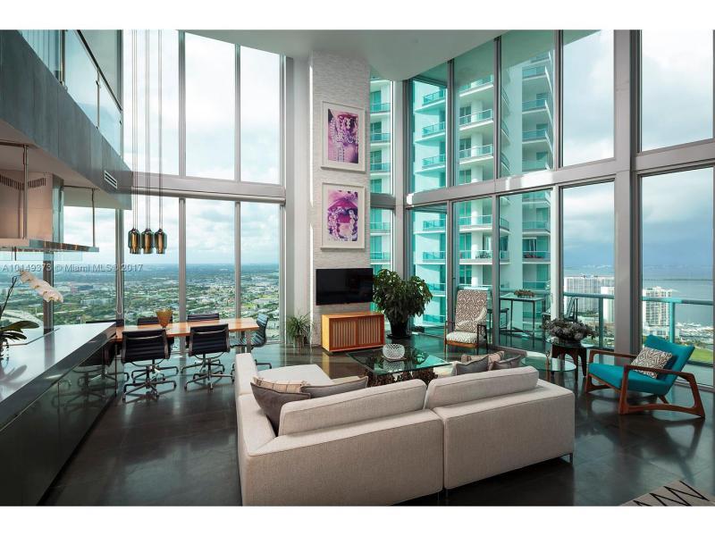 Condominium A10149373