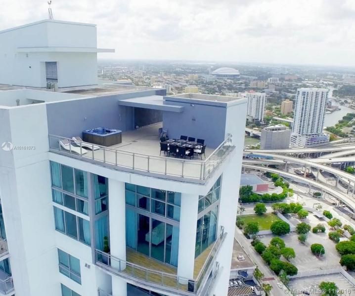 Miami Residential Rent A10161073