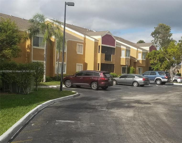 1001 128th Ter  Unit 202, Pembroke Pines, FL 33027