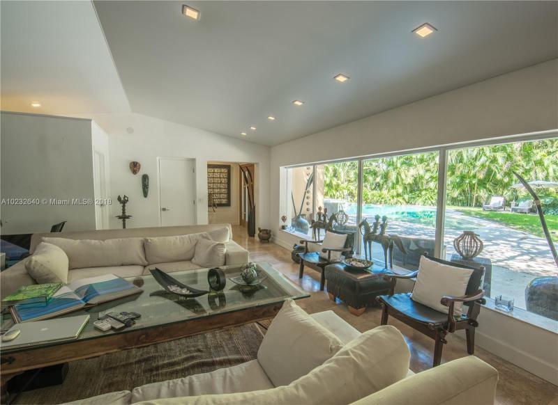 For Sale at  1075 NE 99Th St Miami Shores  FL 33138 - Miami Shores Sec 08 Rev - 3 bedroom 2 bath A10232640_10