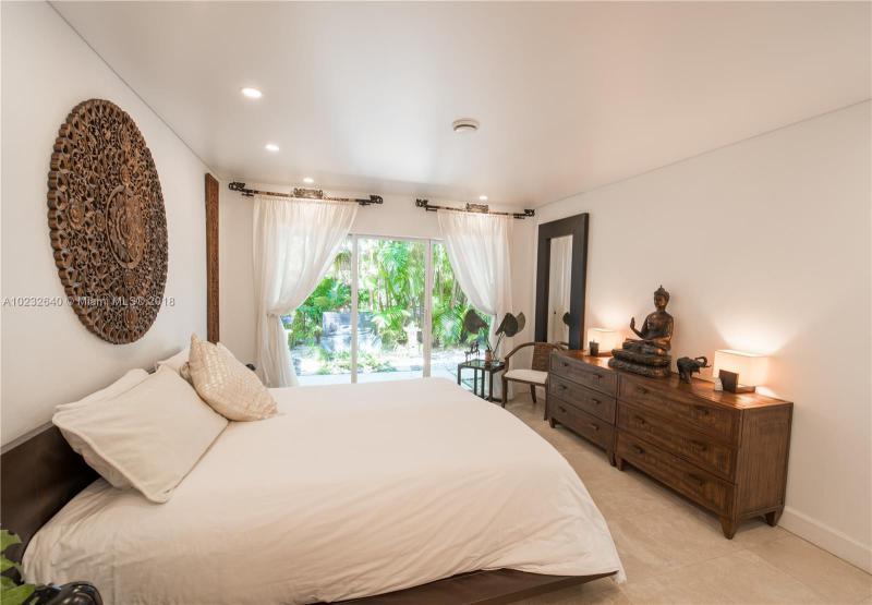For Sale at  1075 NE 99Th St Miami Shores  FL 33138 - Miami Shores Sec 08 Rev - 3 bedroom 2 bath A10232640_14