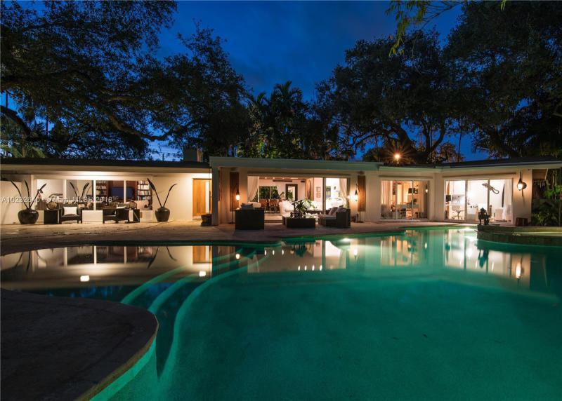 For Sale at  1075 NE 99Th St Miami Shores  FL 33138 - Miami Shores Sec 08 Rev - 3 bedroom 2 bath A10232640_23