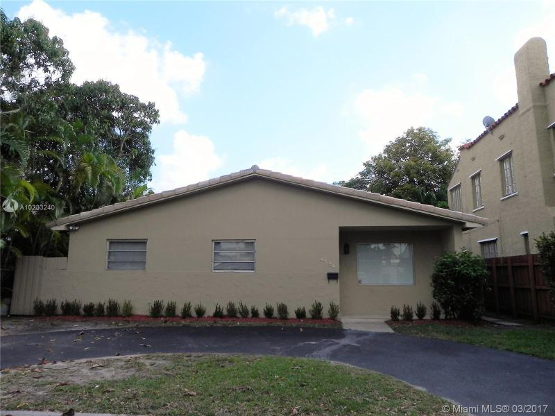 For Sale 4734 SW 4Th St Coral Gables  FL 33134 - Bowman Heights