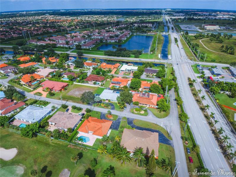 6710 N. Augusta Dr, HIALEAH, FL, 33015