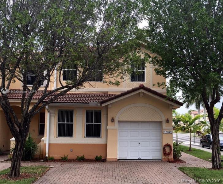 12476 SW 122nd St , Miami, FL 33186-5463