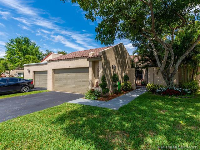 330  Patio Village Ter,  Weston, FL