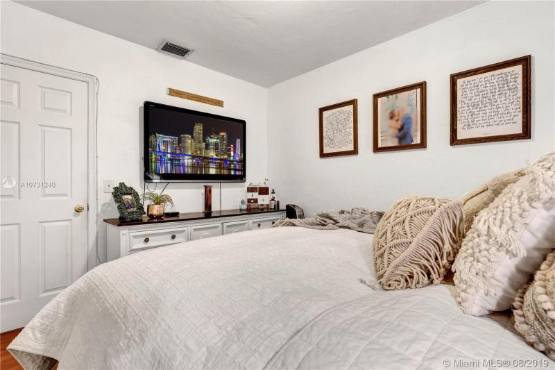 3940 NW 59 Avenue, Virginia Gardens, FL, 33166