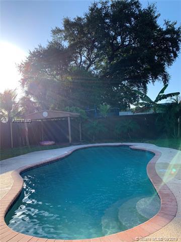 4311 SW 33 Street, West Park, FL, 33023