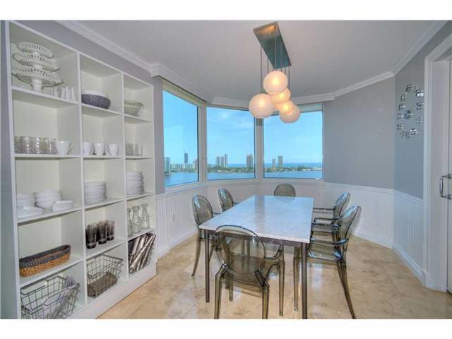 Недвижимость в Майами, Флорида, США: Квартира №  1801 в PENINSULA I, Авентура (Aventura), 33160 продается за  $1,800,000