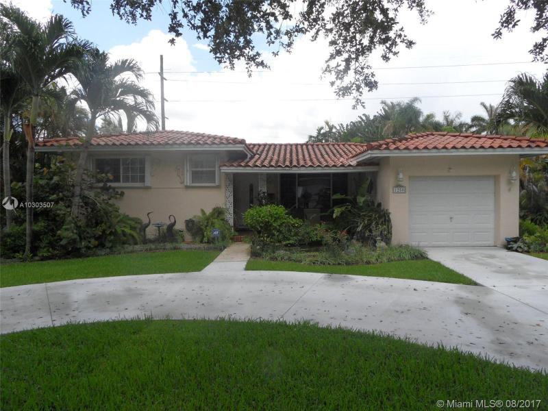 851  Wren Ave , Miami Springs, FL 33166-3818