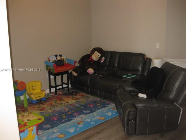 Imagen 13 de Residential Rental Florida>Hialeah>Miami-Dade   - Rent:2.350 US Dollar - codigo: A10429207