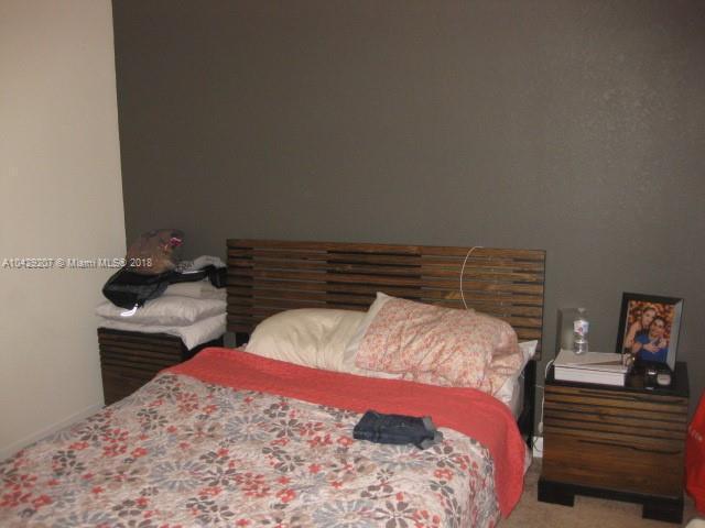 Imagen 18 de Residential Rental Florida>Hialeah>Miami-Dade   - Rent:2.350 US Dollar - codigo: A10429207