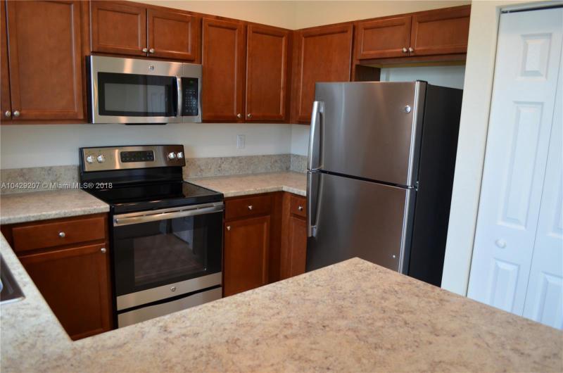 Imagen 2 de Residential Rental Florida>Hialeah>Miami-Dade   - Rent:2.350 US Dollar - codigo: A10429207
