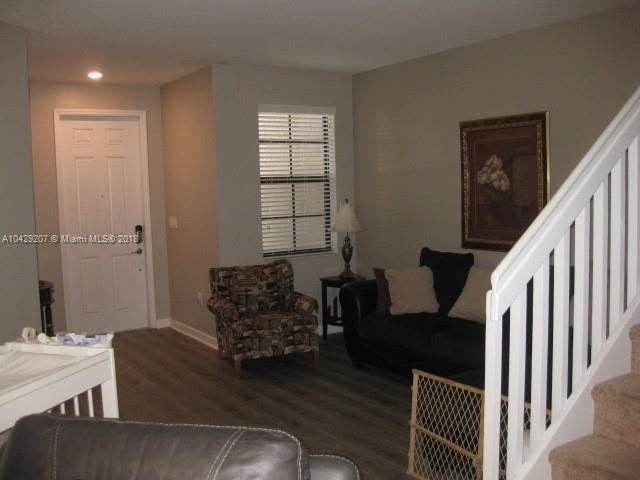Imagen 8 de Residential Rental Florida>Hialeah>Miami-Dade   - Rent:2.350 US Dollar - codigo: A10429207