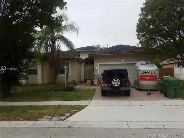 1627 NW 144th Way , Pembroke Pines, FL 33028-3008
