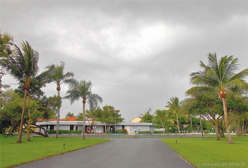 108 Royal Park Dr 1H, Oakland Park, FL, 33309