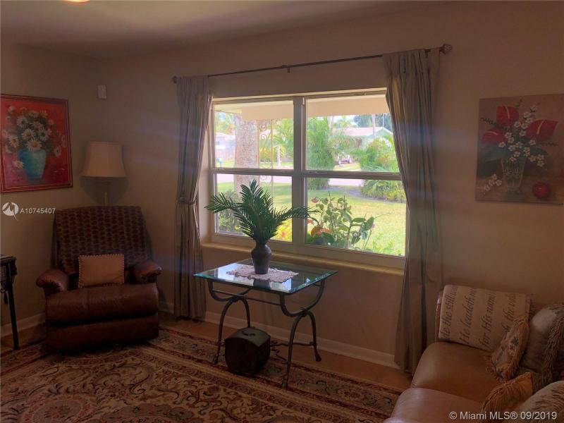 3153 Emerson Ave, Palm Springs, FL, 33461
