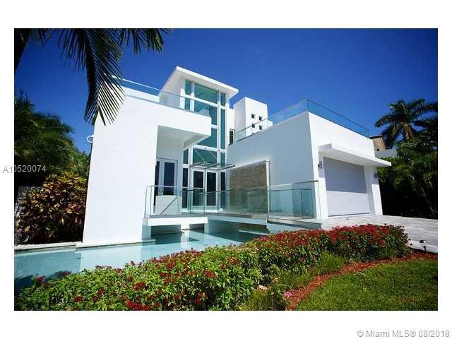 288  Ocean Blvd , Golden Beach, FL 33160-2210